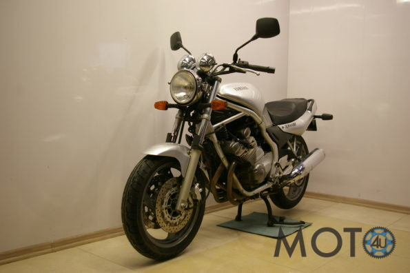 Yamaha XJ600 Diversion 2002.g