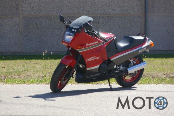 Kawasaki GPX 600 1990.g