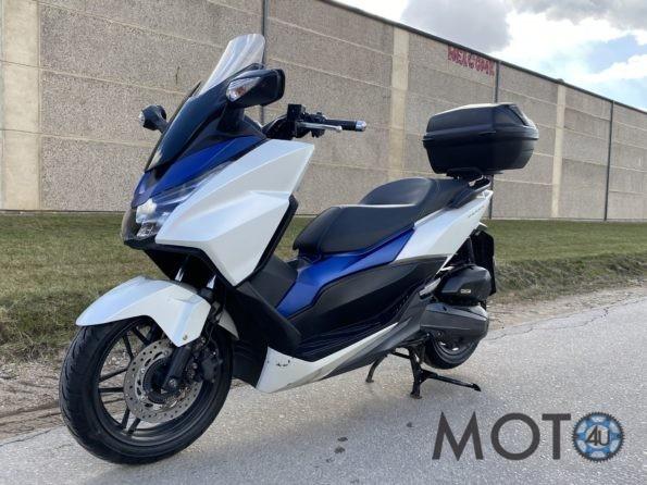 Honda Forza 125 white 2015